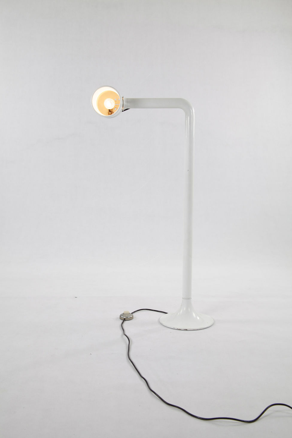 [Translate to en:] Stehlampe Martinelli Luce 70iger